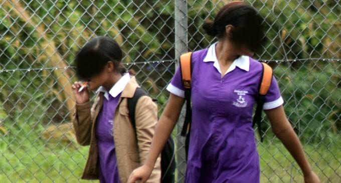 Smoking in Govt Schools India