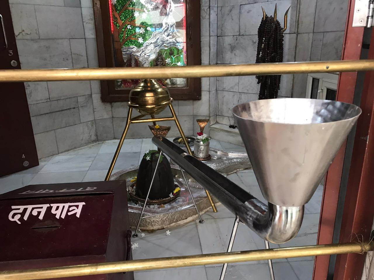 The devotees got the permission to pour the water in Saketri Shiva temple's Linga