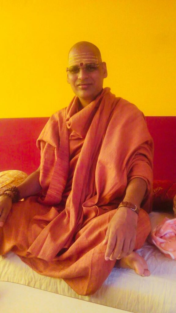 "Swami Chidambaranand Saraswati slammed Sukhwinder Kaur ""Radhe Maa"""