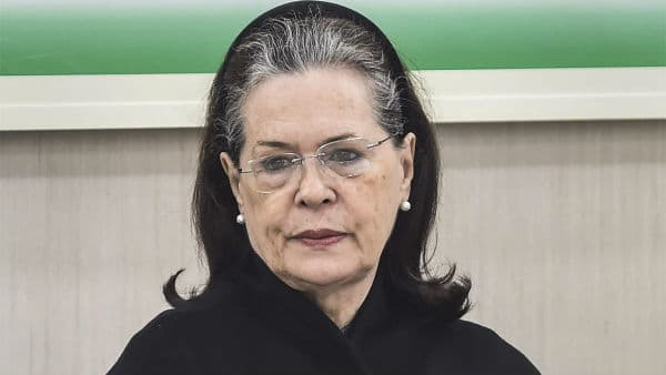 Sonia Gandhi slammed Modi for farmers